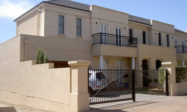 232 Childers St, North Adelaide front025