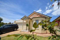 25A Benny Crescent, South Brighton