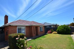 11 Stuart Road, South Plympton